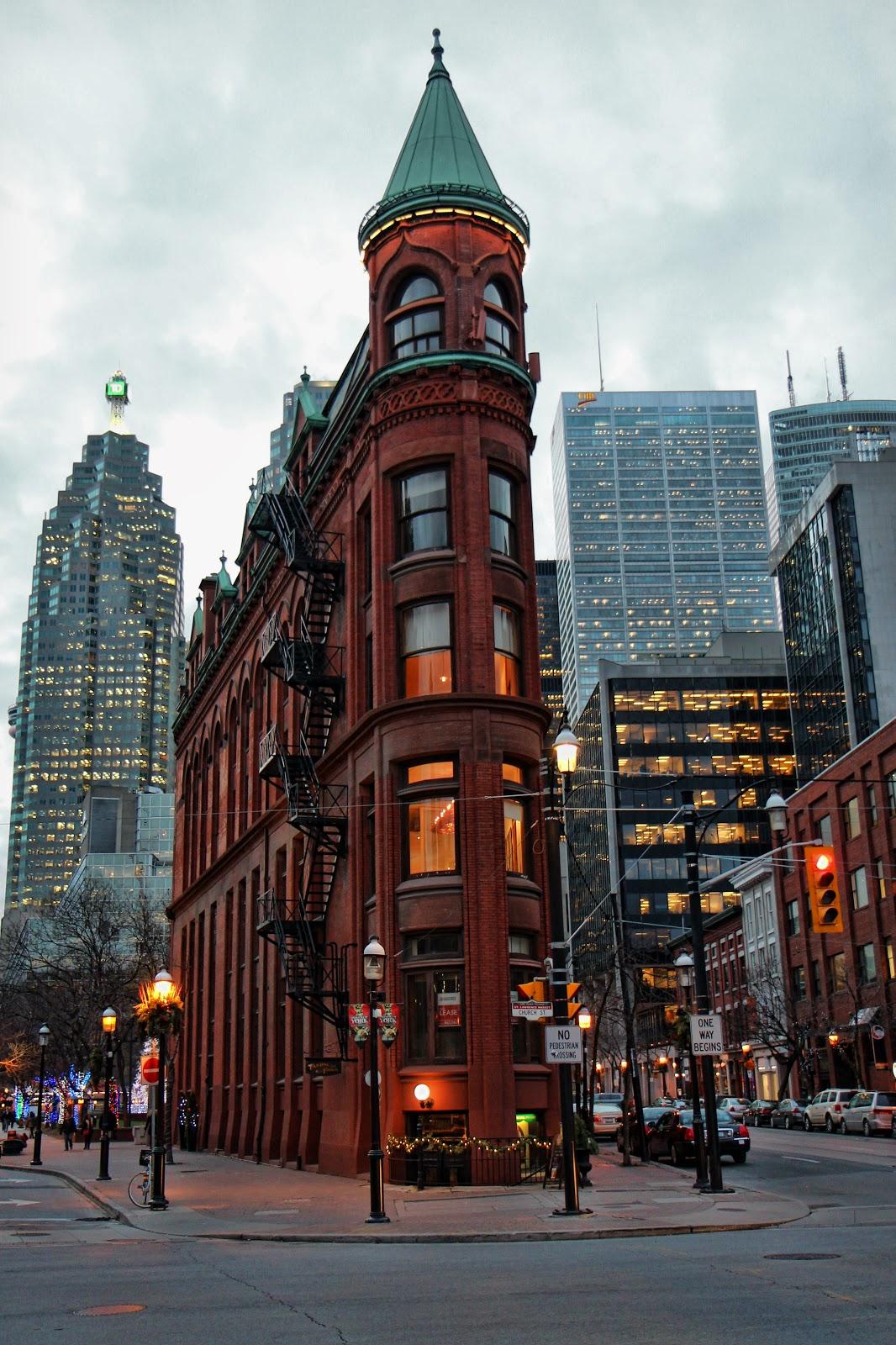 Торонто. Утюжок