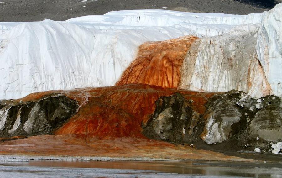 Ледник Тейлора в Антарктиде