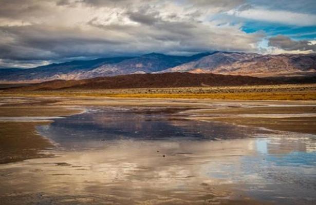 Озеро в Долине Смерти