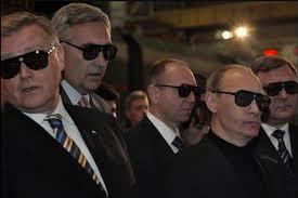 Путин предложил — деятели откликнулись
