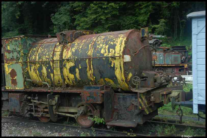 Train 1900 by Magon