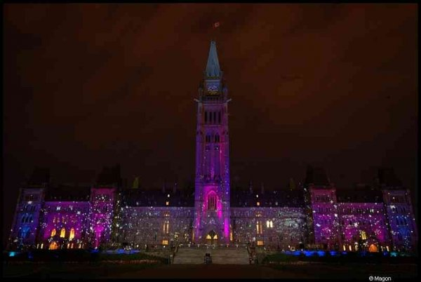 Canadian Parliament at night by Magon
