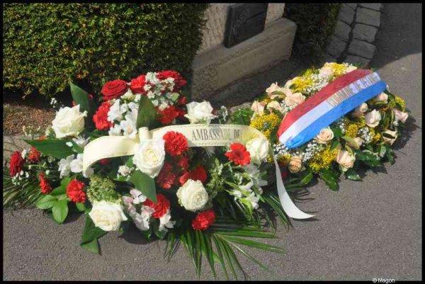 Возложение венков к памятникам советских граждан, погибшим в Люксембурге в 1941-1945 гг. (Петанж, Люксембург) by Magon