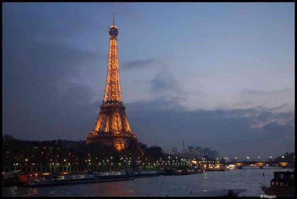 Paris at Night by Magon